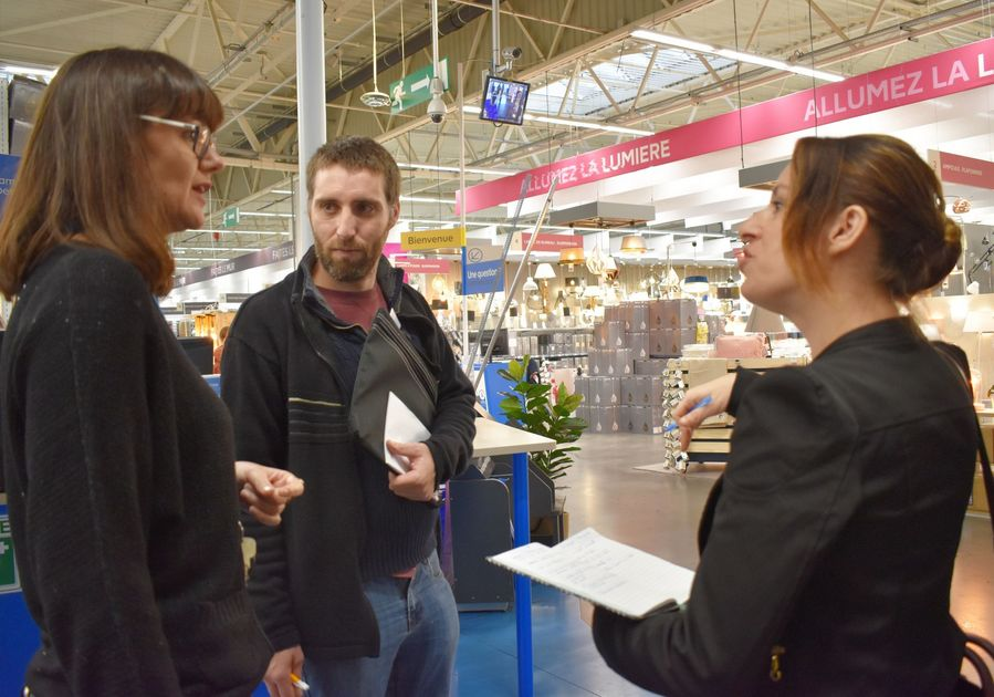 Retour sur le 1er markethon de l'emploi organisé à #Lormont le 5 novembre dernier. Notre article par ici > lormont.fr/actualites-109… #emploi #markethon #insertion #gironde #article